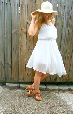 #blogger Christina from The Daily Sugar in a white Deb Shops dress!