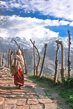 Vanaf Pokhara vertrekken velen trekkingen richting de Himalaya. http://www.333travel.nl/rondreis/india/nepal-highlights/informatie?productcode=R757