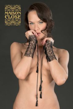 Villa Satine Lace Cuffs