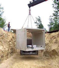 Underground Precast Concrete Fire Cisterns by American Concrete of Auburn Bangor Maine Underground Living, Underground Shelter, Underground Homes, Concrete Septic Tank, Precast Concrete, Concrete Houses, Concrete Structure, Cement, Doomsday Bunker