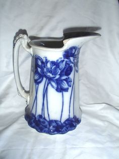 """Flow Blue China Water Lily 9"""" Water Pitcher"""