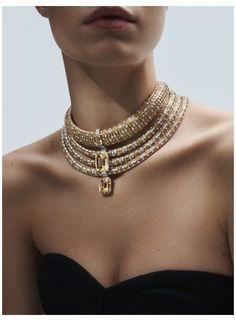 Harry Winston, High Jewelry, Jewelry Necklaces, Bijoux Louis Vuitton, Couture Christian Dior, Louis Vuitton Designer, Gem Diamonds, Contemporary Jewellery, Fashion Week
