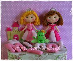 W.I.P. Princesas em feltro para duas irmãs, a Diana e a Maria!
