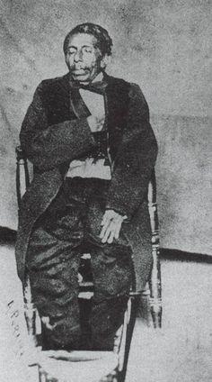 Cadáver del general Tomás Mejía en la sala de su casa. -Segundo Imperio Mexicano 1863-1867
