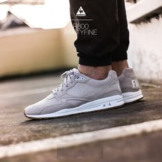 Le Coq Sportif R800 Best Sneakers, Sneakers Fashion, Fresh Kicks, Cycling Outfit, Mode Style, American Football, Michael Jordan, Sportswear Brand, Gifts For Dad