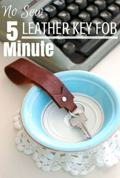 Sew Craft Easy DIY tutorial for a leather key fob - Quick and easy craft project. Learn to make a leather Key fob. This Leather Key Fob makes a perfect gift idea. Quick And Easy Crafts, Crafts To Make And Sell, Easy Diy, Leather Accessories, Leather Jewelry, Camera Accessories, Diy Leather Gifts, Leather Diy Crafts, Diy Leather Keychain