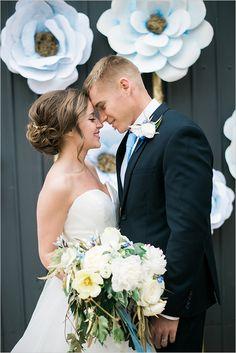 tender moments wedding ceremony @weddingchicks