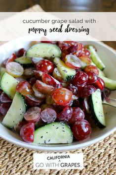 Grape Cucumber Salad: super simple and healthy with delicious flavor. From Grapes From California Cucumber Recipes, Cucumber Salad, Salad Recipes, Vegetarian Recipes, Cooking Recipes, Healthy Recipes, Cake Candy, Healthy Snacks, Healthy Eating
