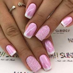 We have found 47 of the Best Nail Art Designs for 2018! Here at Fav Nail Art, we are big fans of all shapes, sizes, colors and variations of everything nails. When it comes to nail art, the sky is the limit which is why there are thousands upon thousands of nail artists who are slaying the game.