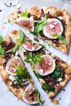 Caramelized onions and feta baked on a flatbread until crisp. Then topped with peppery arugula and sweet honeyed fresh figs.