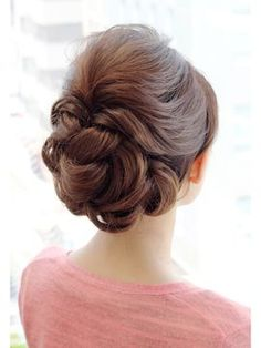 Gorgeous Women Hairstyles For Every Length - Page 8 of 52 - like to hairstyle Hair Up Styles, Medium Hair Styles, Party Hairstyles, Bride Hairstyles, Wedding Hair And Makeup, Bridal Hair, Hair Arrange, Hair Setting, Hair Dos