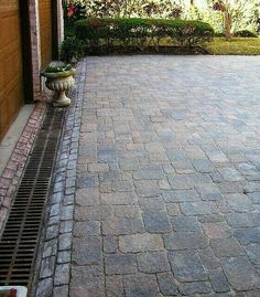 When you hire someone to supply a drainage solution, be positive it is guaranteed to execute. No matter what you're likely to do to enhance the drainage on the gravel driveway, your very first step is to take out the… Continue Reading → Driveway Drain, Driveway Landscaping, Landscaping Ideas, Driveway Pavers, Hillside Landscaping, Backyard Drainage, Landscape Drainage, Paver Designs, Drainage Solutions