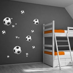 voetbalmuurstickers- stoer voetbalkamer idee New Homes, Kids Rugs, Cas, House, Home Decor, Quartos, Decoration Home, Kid Friendly Rugs, Room Decor
