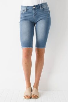 Our Talkin' Tanlines Bermuda Shorts feature a light wash stretch denim, standard five pocket design, and long bermuda length. Style both cuffed and uncuffed! - Unlined - 98% Cotton, 2% Spandex - Machi