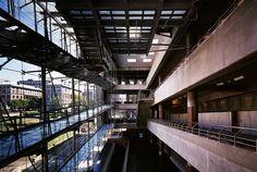 Bernard Tschumi Architects, Lerner Hall