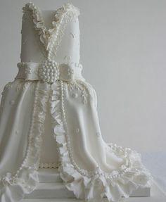 Bridal Gown Inspired White Wedding Cake