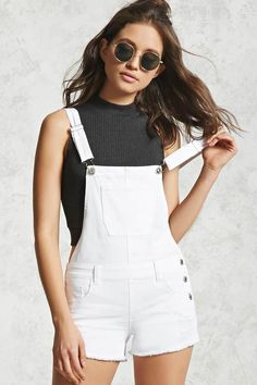 How To Wear Overalls Shorts Summer Crop Tops Ideas Short Outfits, Trendy Outfits, Cute Outfits, Fashion Outfits, Fashion News, Fall Outfits, Summer Outfits, Outfits Kawaii, Denim Overalls Outfit