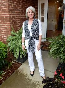 Fifty, not Frumpy: The Magic V - wear a vest to make a straight line