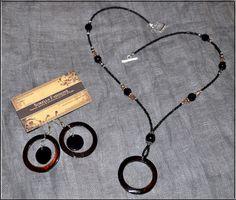 8 Wonderful Eyeglass Necklace Holder