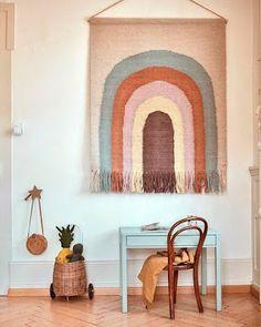 OYOY Folgen Sie der Rainbow Wall Rug Source by lunareece Rainbow Nursery, Rainbow Wall, Kids Rainbow, Rainbow Loom, Room Ideias, Rainbow Decorations, Christmas Decorations, Kids Room Design, Wall Design