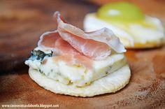 Gorgonzola, presunto Parma e crackers de arroz