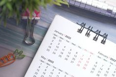 ►► TONS of FREE 2022 Calendars! ►► #2022, #Calendar, #Free, #FREEStuff, #Freebie, #HappyNewYear ►► Freebie Depot Holiday Calendar, Get Free Stuff, Holiday Cards, Christian Christmas Cards