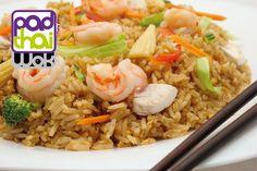Plato / Course nº68-F: #ArrozFrito salteado al #wok con #verduras frescas, pollo y langostinos / #FriedRice with fresh vegetables, chicken and prawns wok sauteed.  Si quieres probar algo diferente, entonces acabas de encontrarlo: PadthaiWok. / If you looking for to try something different, then you have found it already.  #comidasana #comidaparallevar #restaurantetailandes #restaurantethai #thai #thailan #thaifood #calidad #comidaadomicilio