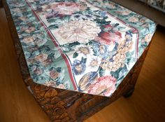 Hey, I found this really awesome Etsy listing at https://www.etsy.com/listing/212629624/peony-rose-table-runner-taupe-floral