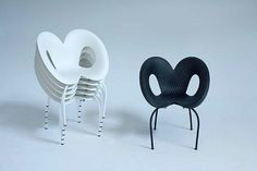 Moroso chair Ripple Chair by Ron Arad Ron Arad, Cool Designs, Decorative Plates, Interior Design, Cool Stuff, Chairs, Furniture, Google, Home Decor