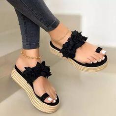 Women Sandals Wedges Shoes for Women High Heels Sandals Summer Shoes 2020 Flip Flop Chaussures Femme Platform Sandalias Mujer Fashion Slippers, Fashion Sandals, Orthopedic Sandals, Frauen In High Heels, Flatform, Floral Flats, Wedge Shoes, Wedge Sandals, Sandals Platform