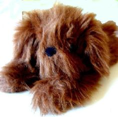 I am looking for the large and medium tan 1989 Applause Fuzzles dogs in a lying position, very floppy, with shaggy fur that covers their eyes and long ears. Two Dogs, Large Dogs, Small Dogs, Searching, Plush, Toy, Posts, Memories, Big Dogs