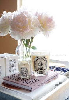Best Scented Candles for Your Home - Luxury Candles to Give as Gifts Diptyque Candles, Scented Candles, Tienda Natural, Luxury Candles, Perfume, Interior Inspiration, Office Decor, Wedding Gifts, Web Design