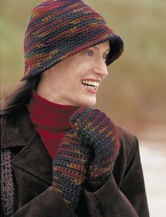Yarnspirations.com - Patons Cloche Hat and Mittens - Patterns    Yarnspirations ~ free pattern; yarn is Shetland Chunky (75% acrylic + 25% wool, for washable warmth); hooks size I for mittens, J for hat
