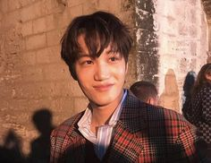 180530 Kim Jongin (KAI) once again blessing our existences wearing Gucci from head to toe. Baekhyun Chanyeol, Exo Kai, Kaisoo, Kris Wu, Xiuchen, Kim Jongin, Kpop Exo, Exo Members, Electronic Music