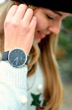 black silver watch - oozoo
