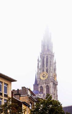 100 Decors: Travel: Summer Weekend Escape- Antwerp