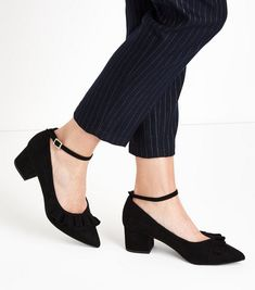 ee4e8fc22b87 Wide Fit Black Suedette Frill Trim Pointed Courts