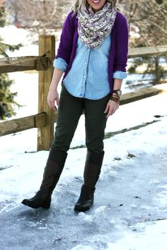 Chambray Shirt + Scarf + Boots | Outfit | http://prettylifeanonymous.blogspot.com | #Chambray #Boots #Outfit