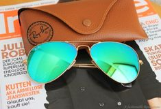 Original Ray Ban Aviator Sunglasses RB3025 112-19 Matte Gold Frame Green Mirror Lenses (58mm): Clothing