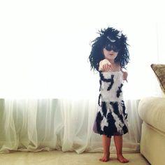 ニックネームがMayhemという4歳の女の子は、面白い遊びをしています。 ここ一年以上、@2sisters_angieは、DIYドレスを紹介しています。 ハリウッド女優やモデルがレッドカーペットやランウェ...