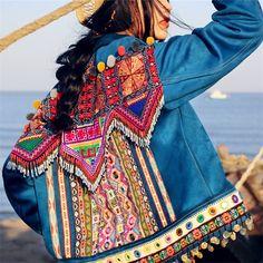 6 Jean Diy, Style Bobo Chic, Boho Chic, Denim Ideas, Mode Boho, Denim And Lace, Recycled Denim, Denim Coat, Look Fashion