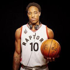 DeMar Derozan Set For Homecoming, To Play For Los Angeles Lakers Next Season I Love Basketball, Basketball Players, Toronto Raptors, Kyle Lowry, Nba League, Nba Wallpapers, Basketball Leagues, Nba Players