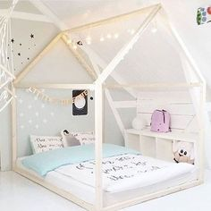 Buying Bunk Beds For Kids – Bunk Beds for Kids House Frame Bed, Kids Bunk Beds, Little Girl Rooms, Boy Room, Kids Room, Girls Bedroom, Bedroom Ideas, Room Inspiration, Toddler Bed