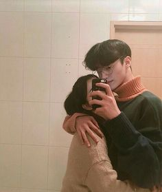 Find images and videos about couple, korean and ulzzang on We Heart It - the app to get lost in what you love. Relationship Images, Couple Relationship, Cute Relationship Goals, Cute Relationships, I Miss My Boyfriend, Boyfriend Goals, Korean Couple, Best Couple, Ulzzang Couple