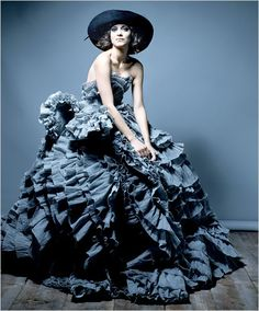 Marion Cotillard in the New York Times    Raymond Meier #photography   T Magazine October 2007