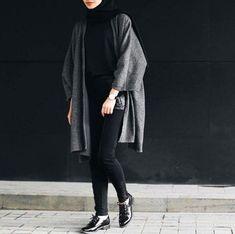 Amazing 20+Popular Winter Street Fashion Ideas To Try