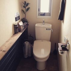 NO GREEN NO LIFE/DIY/関西好きやねん会/トイレ/バス/トイレ…などのインテリア実例 - 2015-05-07 08:35:35 | RoomClip(ルームクリップ) Bathroom Toilets, Washroom, Master Bathroom, Narrow Shelves, Living Place, Toilet Room, Good House, Diy Interior, Shelving