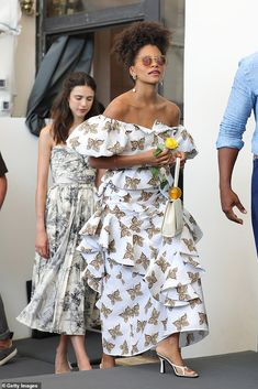 Chic: Zazie Beetz, who plays Dorothy Jamal, looked gorgeous in an off-the-shoulder butterf. Casual Chic, Boho Chic, Sheer White Shirt, Floral Back Tattoos, Zazie Beetz, British Actresses, Kristen Stewart, Looking Gorgeous
