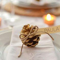 Tarjeta de invitado o comensal para la mesa de navidad