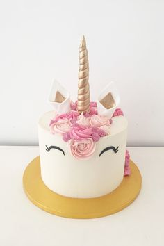 Pink unicorn cake by Blossom & Crumb